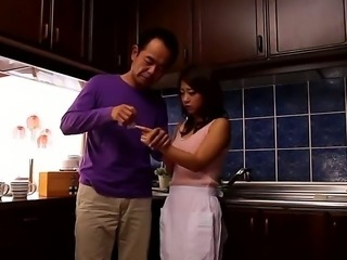 Sexy housewife Satomi Suzuki is lusting for stud after he helped her with a cut finger