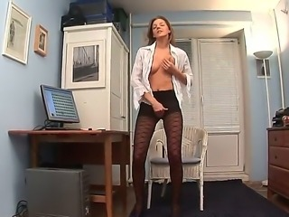 You will greatly adore watching at this pretty office babe Inna that decided to perform the horniest solo action stripping the uniform and exposing the beauty of nude body for you