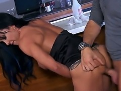 Horny MILF Jewels Jade gets a