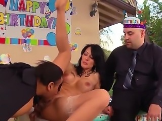 Absolutely fucking amazing Zoe Holloway sucks a big black penis and getting...