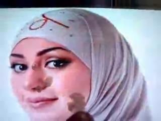 amazing extreme handjob cumshots for arab blonde girls