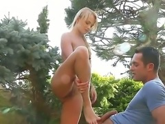 Innocent looking princess Ivana Sugar making her neighbor happy in the green...