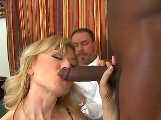 Johnny Fender,Jon Jon and Nina Hartley are enjoying a hot mature threesome