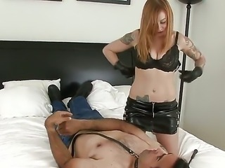 Blonde hottie Scarlett Pain gives amazing femdom session along horny male
