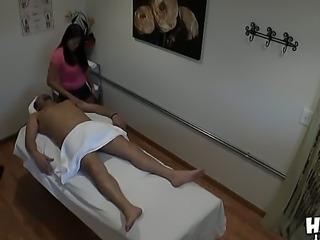 Asian professional masseur Kiwi Ling makes amazing massages and men like to...