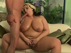 Sometimes it is good to have fat pussy like Porsche Dali over your dick