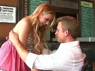 Lexi Belle s heart almost stops