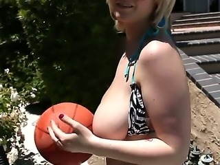 Giant boobs of horny milf Siri feel so tight and soft on the big hard cock!
