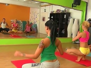Erotic yoga with Aleska Diamond, Ivana Sugar, James Brossman and Sabby
