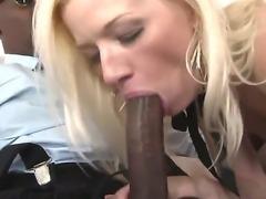 Horny blonde babe Heidi Hanson is
