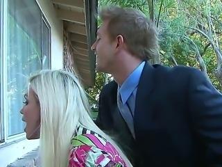 Diamond Foxxx babe wants to introduce her boyfriend Bill Bailey to her mom Faye Reagan