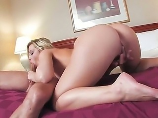 Alexis Texas with the fantastic ass and appetizing boobs makes a professional blowjob