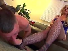 Hot and busty blonde whore Kelli Staxxx is dominataing over a small guy and...