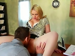 Johnny Castle is going down on the fat but overly sexy babe Sarah Vandella....