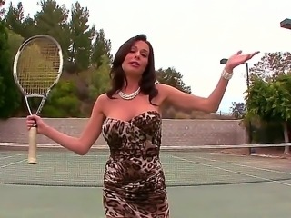 Come take it to the tennis