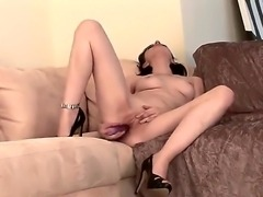 All natural girl Lexi Belle spreads her appetizing legs and starts to triffle...