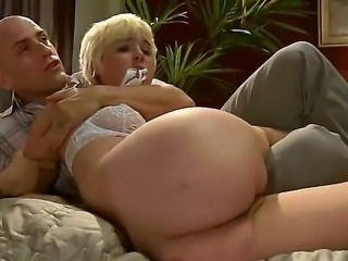 MARILYN: Chloe Camilla Videos