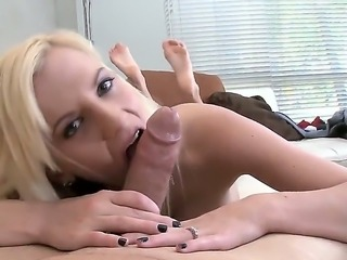 The hot blonde pornstar Haley Cummings with a big natural tits sucks a cock...