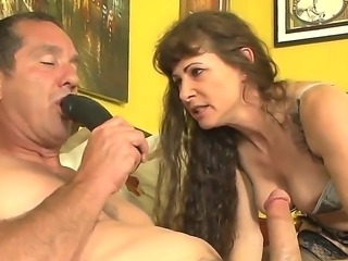 Lusty cock hungry experienced brunette wife