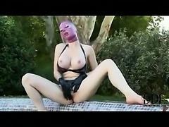 Temping Latex Chick Sadomaniac Sex