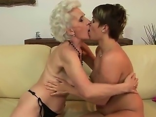 Hardcore and crazy lesbian love between old woman and her young girlfriend