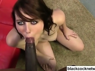 Interracial cumshot by Mandingo