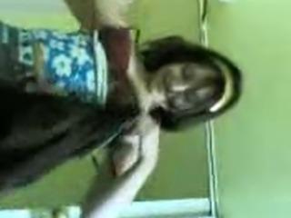 tunisian milf show her sexy body
