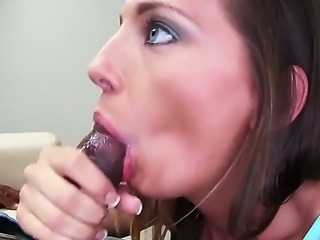 Sassy sexy hornybrunette bitch Jamie Jackson enjoys giving blowjobs to a...