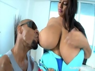 Big Tit Latina BBW Sofia Rose Loves Big Black Dicks free