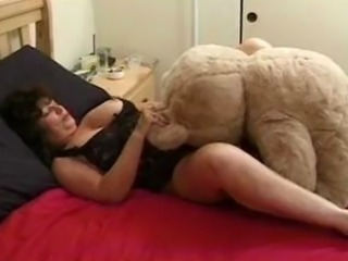mature hump teddy