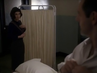 Lizzy Caplan - Masters of Sex 06