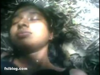 Hot Indian Girl fucking and expose by her BF in forest area free
