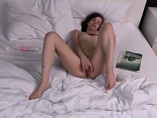 polish model Leila gaping gyno hole