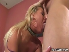 Mature MILF gets her ass fucked free