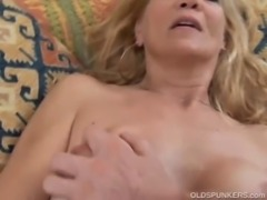 Slim blonde MILF enjoys a sticky facial cumshot free