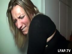Sextape d'une blonde entrain de se faire defoncer par un black free