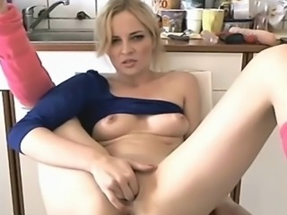 Mature woman plays on cam while husbands at work