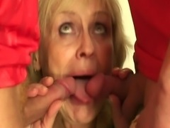 Blonde granny pleases two friends
