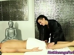 Masseuse tugs dick under towel