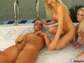 Blonde anal extravaganaza ends in nasty creampie treat