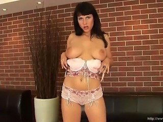 Busty good girl next door masturbate her juicy pussy