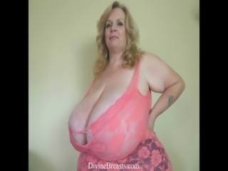 Lactating BBW Big Tits with Milk free
