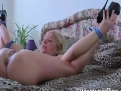 Extreme amateur slut receives a huge creampie in her cunt then has it fisted...