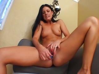 Isabella Pacino blue dildo toying ass fingering