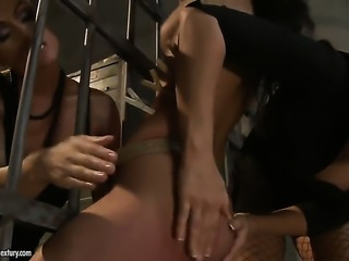 Brunette Maria Bellucci with big jugs enjoys Betty Stylles fingers deep inside her love tunnel