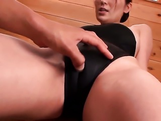 Yuna Shiina satisfies guys sexual desires and then gets her lovely face cum drenched