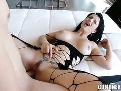 With big butt gets her throat pumped full of boner in oral action with horny...