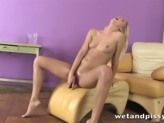 Triple piss explosion from pee emitting beauty HD