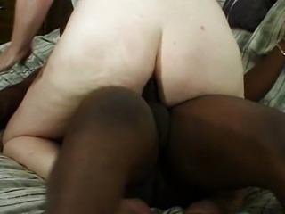 Fat pussy lips cummed in by shaft