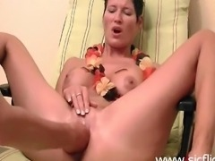 Hot amateur brunette gets fist fucked in her loose pussy till she cums